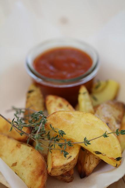 Recette Frites rustiques au four sauce barbecue selon Christophe Michalak 1