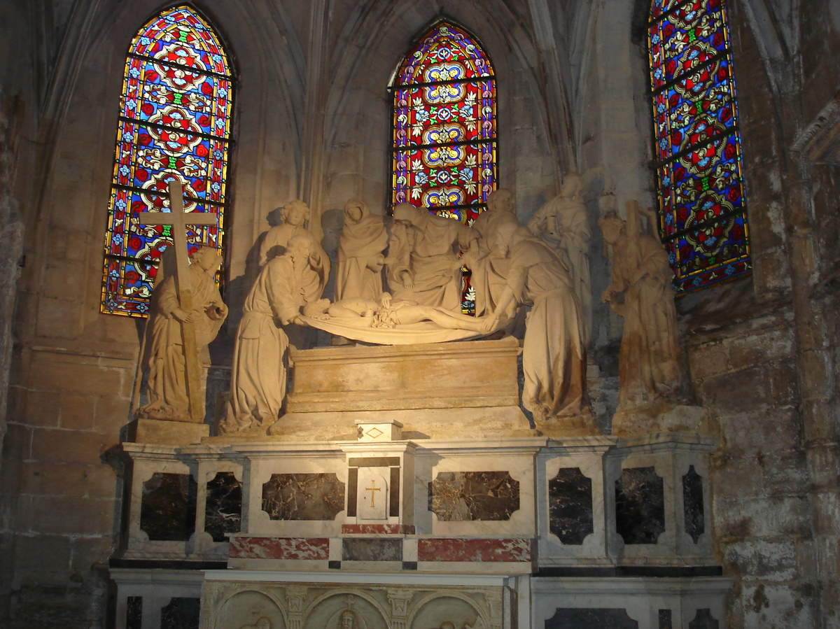 Arles ; ancienne colonie romaine au riche patrimoine historique en Provence 14