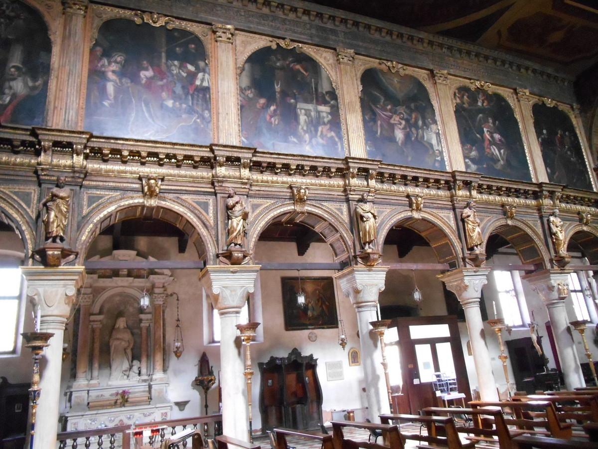 Les tableaux relatant la vie du Christ émanent de l'atelier de Véronèse.