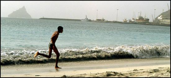 e61c9 cap vert mindelo port.1277372509 Voyage Cap Vert   Premiers pas sur les chemins du Cap Vert