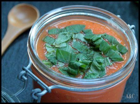 Soupe de tomate glacée, frapée à la tomate et aux basilic (1)