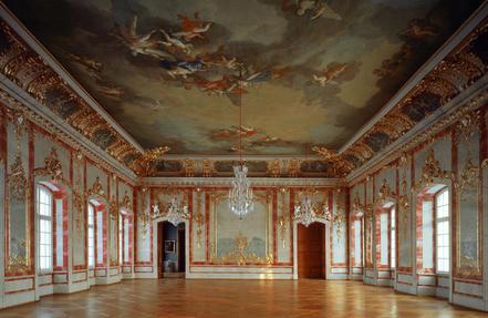 24 Mai 1736 : pose de la première pierre du palais de Rundāle (Lettonie) 3