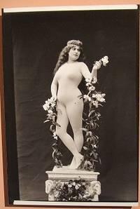 nadar-mme-de-gaby-en-venus-1894b.1275603959.jpg