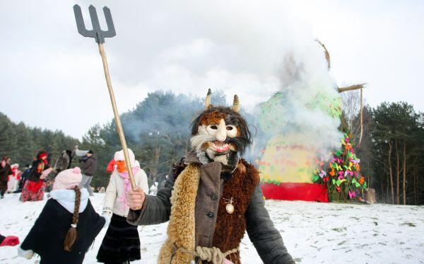 Carnaval Užgavėnės : Traditions en Lituanie pour dire aurevoir à l'hiver 2