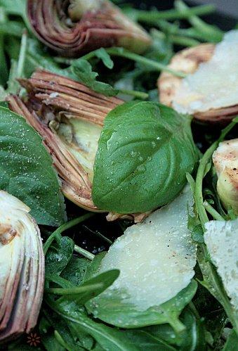 Salade d'Artichauts violets crus dit poivrades , -copie-2