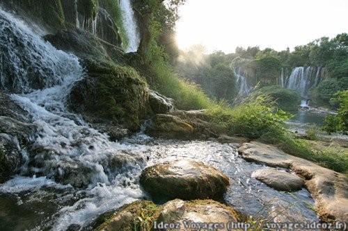 Kravice : lac et parc naturel de chutes en Bosnie-Herzégovine 13