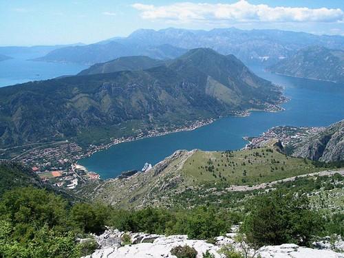 les Bouches de kotor montenegro boka kotorska