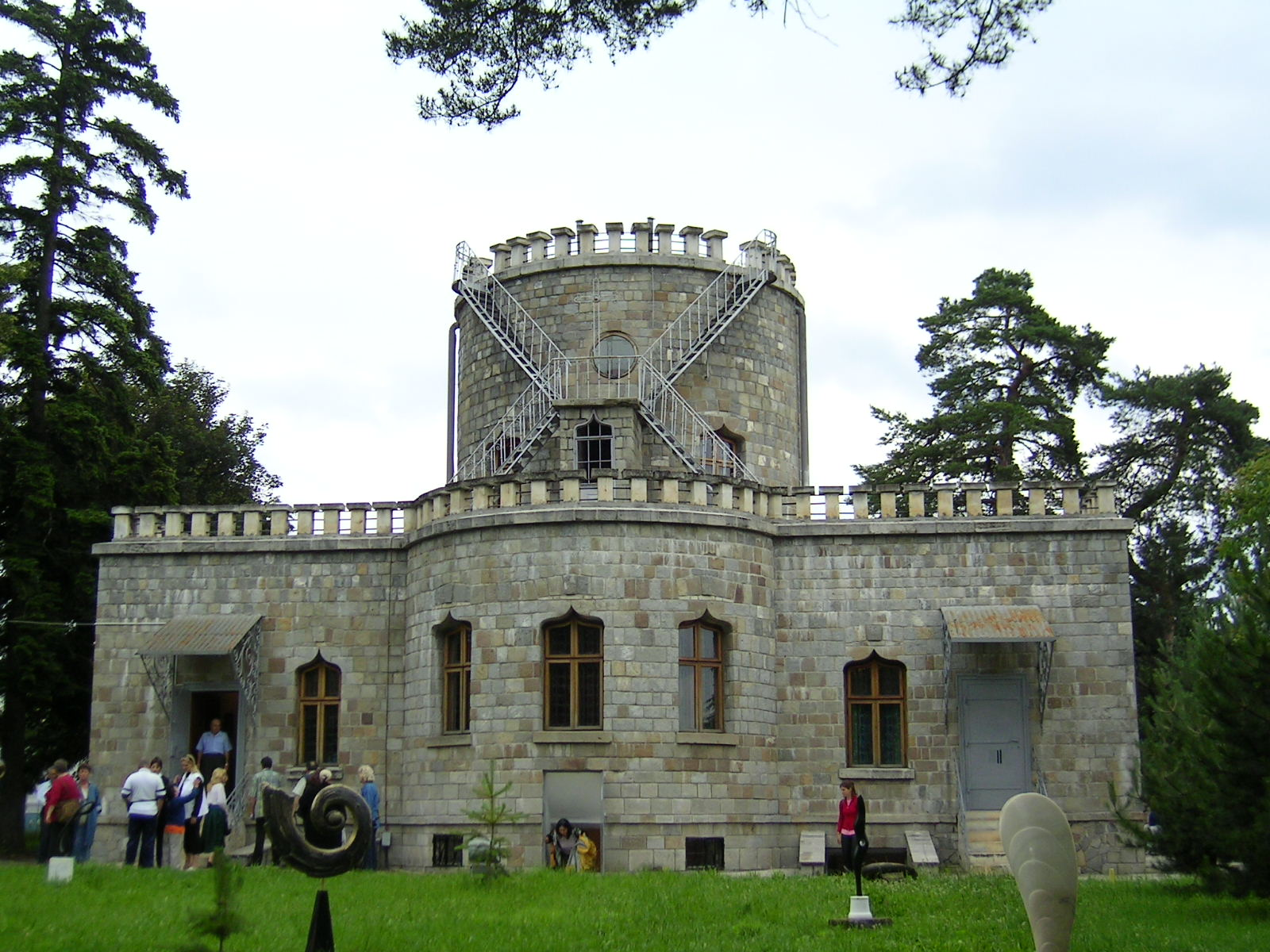 Visiter la Roumanie: Chateau de Iulia Hasdeu à Campina en Valachie