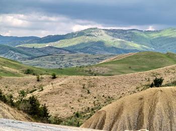 Les volcans de boue de Pâclele (Vulcanii Noroiosi)  dans la région de Buzau 3