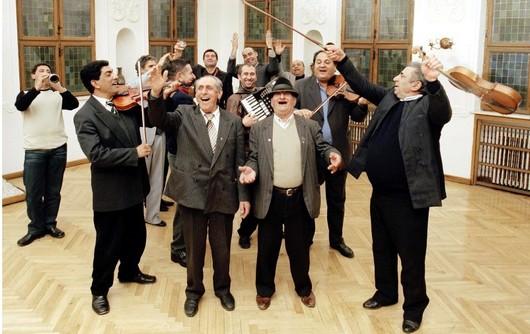 Musique des Balkans : Le Taraf de Haïdouks ; tout l'art de la musique tzigane roumaine 3
