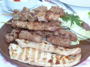 mix grill en serbie