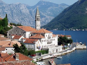 PERAST Photo : Wikimedia Commons/Janusz Recław