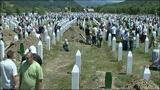 Massacre de Srebrenica : entre mémoire, prières et silences 4