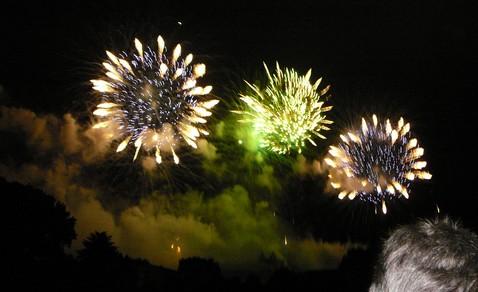 Feu d'artifice de Carcassonne du 14 Juillet ; sublime embrasement de la cité médiévale 3