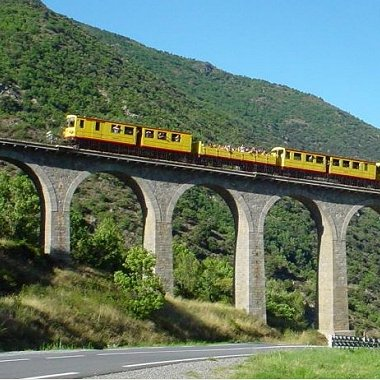 petit train jaune cerdagne