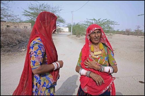 Société indienne : Le monde est rouge 3