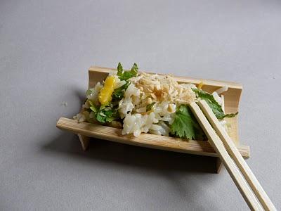 Cuisine asiatique : Salade de riz très fraîche à la mangue, coriandre et menthe 1