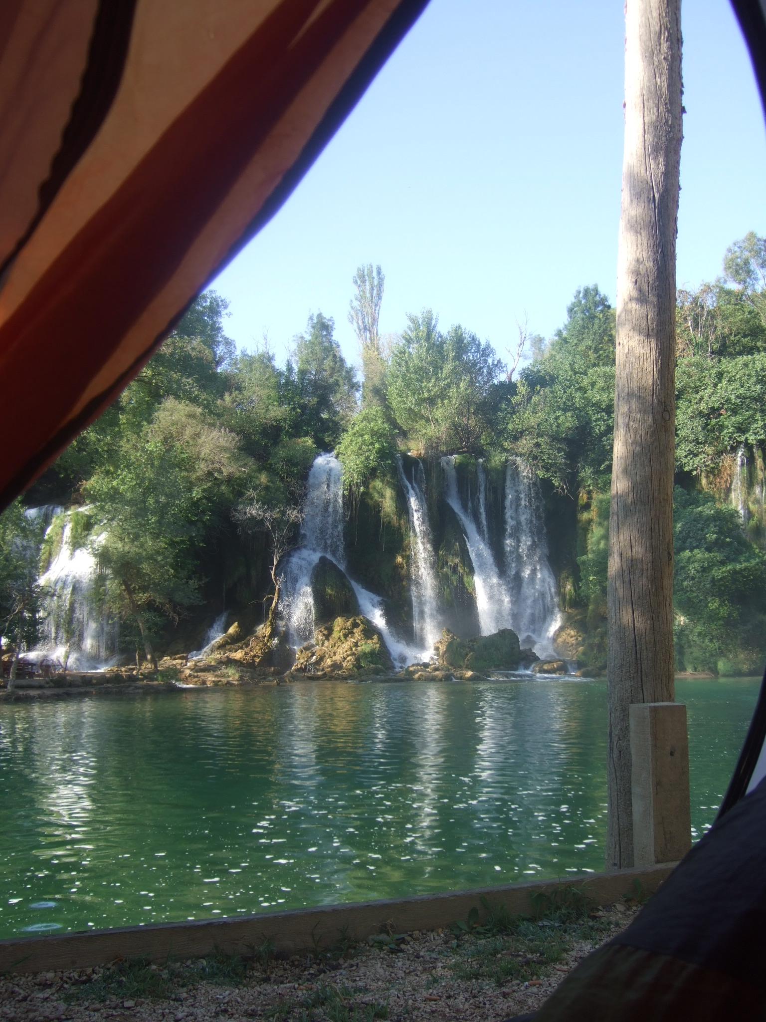 Kravice : lac et parc naturel de chutes en Bosnie-Herzégovine 22