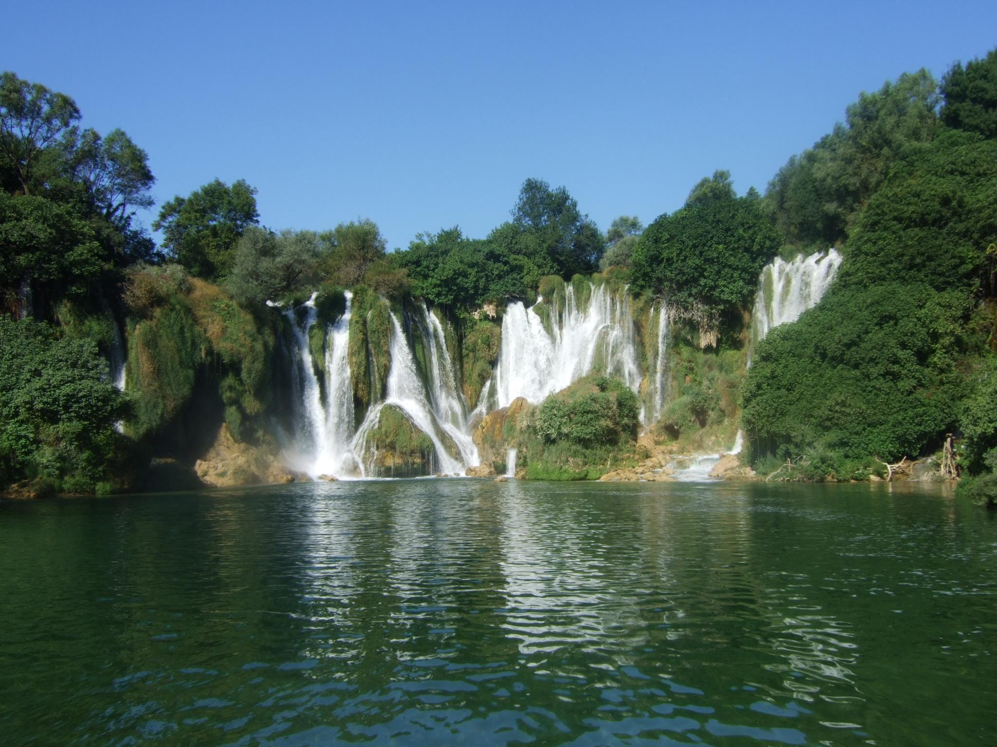 Kravice : lac et parc naturel de chutes en Bosnie-Herzégovine 23