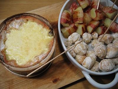 Recette fondue fromage vacherin et patates au lard (Cuisine franc comtoise, suisse) 1