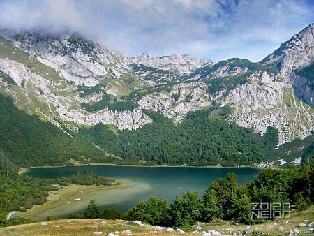 mont maglic bosnie