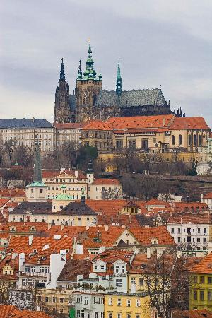 hradcany prague chateau