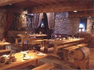"""Restaurant Aude - la """"Rotisserie"""" à Villerouge-Terménès ; découverte de la cuisine médiévale 1"""