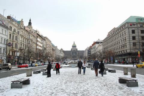 Place Venceslas Václavské náměstí à Novo Mesto (Visiter Prague) 4