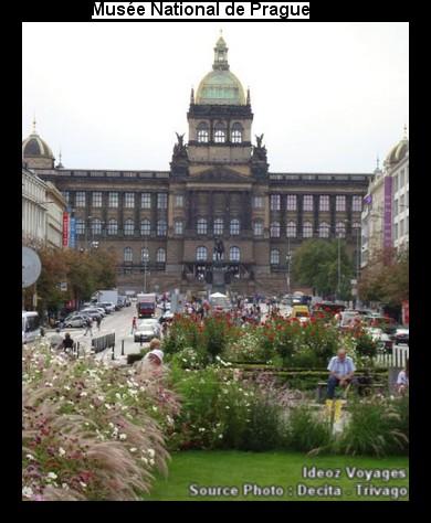 Place Venceslas Václavské náměstí à Novo Mesto (Visiter Prague) 6