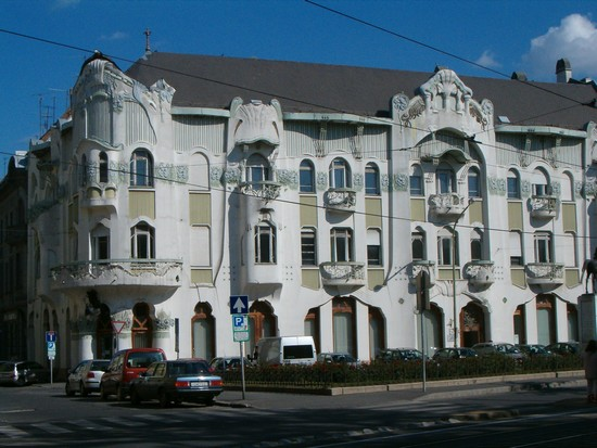photo mystere Roëk palota Szeged Hongrie