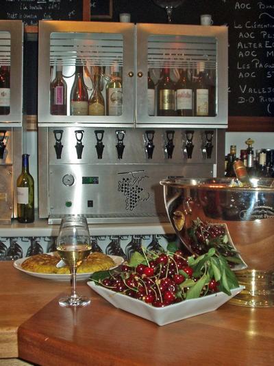 Le Bistrot du 20 ; un bar à vins et restaurant convivial à Bordeaux 3