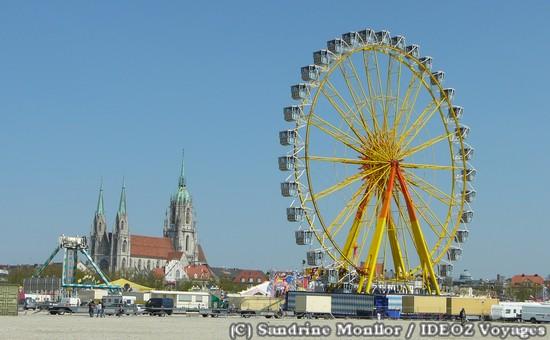 fruhlingsfest grande roue munich