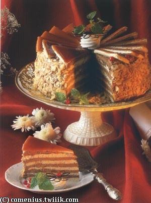 dobos torta Dobos Torta ; célèbre gâteau chocolat caramel (Recette hongroise)