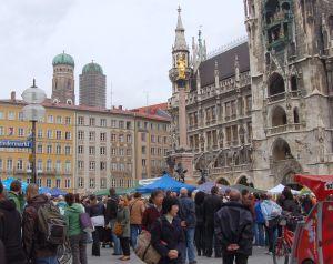 marienplatz munich foule