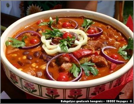 cuisine hongroise babgulyas goulash de haricots blancs