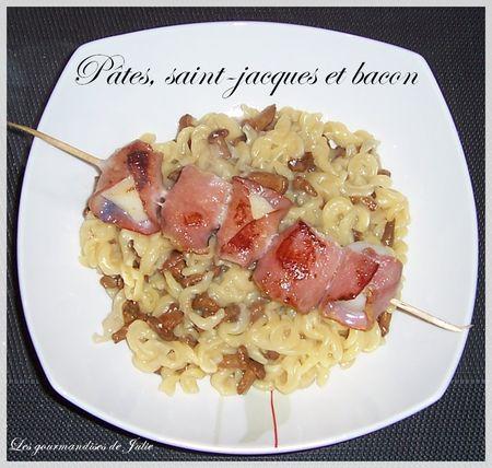 Pâtes façon risotto, brochettes de Saint-Jacques au bacon