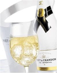 http://voyages.ideoz.fr/wp-content/uploads/2011/05/Champagne-ice-imperial.jpeg