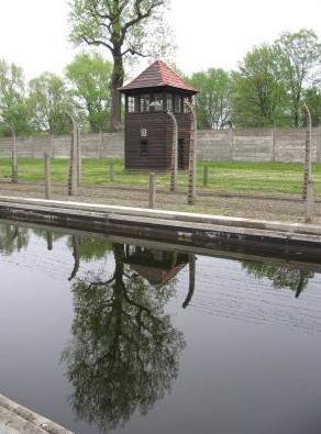 Auschwitz face au tourisme mémoriel 1