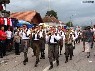 Guca festival Gucha Dragaveco  : le festival des fanfares en Serbie 23