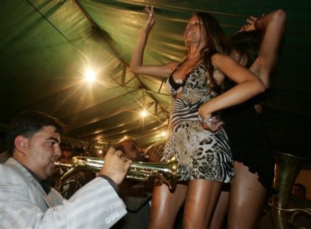 Guca festival Gucha Dragaveco  : le festival des fanfares en Serbie 10