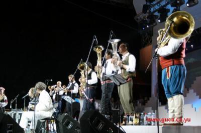 Guca festival Gucha Dragaveco  : le festival des fanfares en Serbie 16