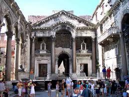 split mausolee de diocletien