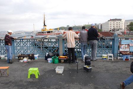 Istanbul Pont Galata pecheurs