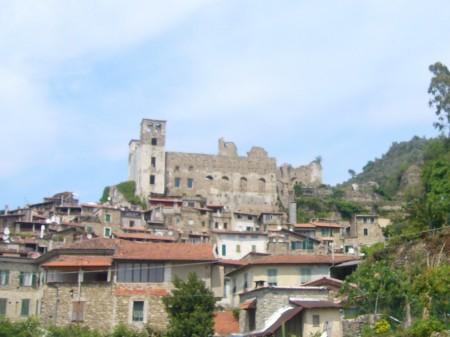 Dolceacqua, bourg médiéval magnifique en Ligurie 2