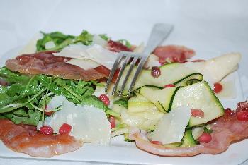 Salade de courgettes aux poires vinaigre de grenade