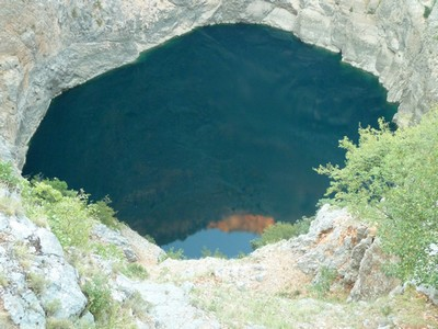 lac rouge imtski croatie