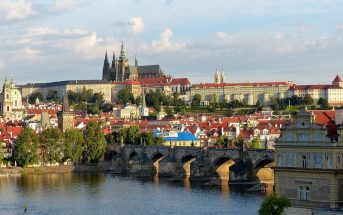 Prague cathedrale chateau pont charles