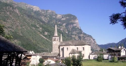 Paesaggio con chiesa Riva Valdobbia