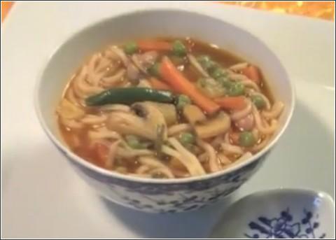 soupe chinoise v g tarienne une recette simple et succulente. Black Bedroom Furniture Sets. Home Design Ideas