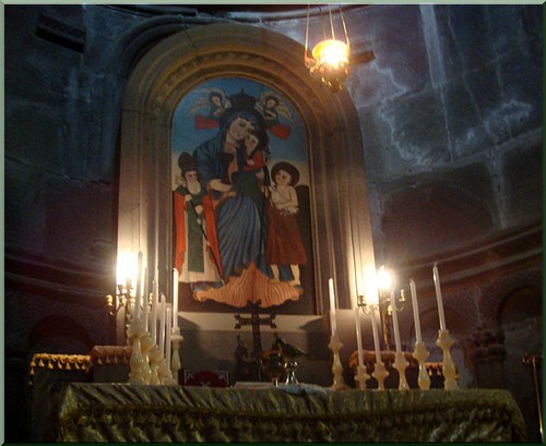 Armenie monastere gueghard autel